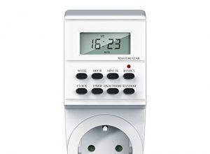 Bearware – digitale Zeitschaltuhr mit LCD-Display | 3680W | 8 Programme | Zufallsschaltung + Countdown | Kinderschutzsicherung | inkl. Back-Up Reserve Funktion