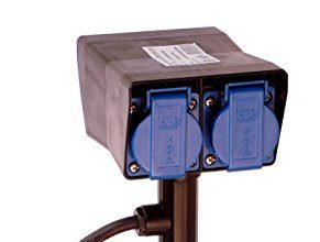 as – Schwabe 60684 Erdspiess-Verteilersteckdose 4-fach mit zwei Meter Kabel, für den Außenbereich