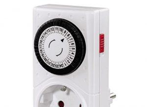 Hama Mechanische Zeitschaltuhr Mini Tageszeitschaltuhr, 30 min Schaltintervall, mit Kindersicherung, 3500 W weiß