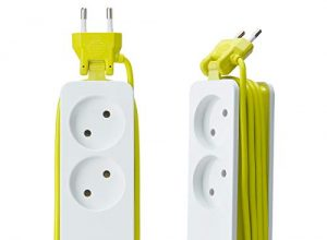 Lychee 2 Fach Steckdosenleiste mit 4 USB Reise Steckerleiste,EU-Stecker,mit Überspannungsschutz und Kurzschlussschutz,1200W 10A 1,5m Kabel